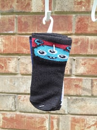 BRAND NEW - 3 PAIR OF SOCKS AGES 6 - 18 MONTHS