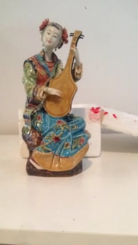 Chinese Figuerine Lute playing Doll Toronto, M6J