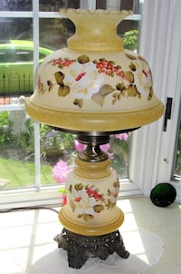 """Glass 26"""" Parlor Table Lamp Hand Painted Flowers Lovely 26"""" Tall with 14 Round Globe Top and bottom Lights up  Bristol, 19007"""
