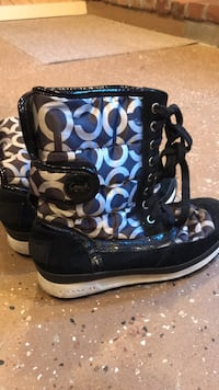coach boots size  71/2 West Suffield, 06093