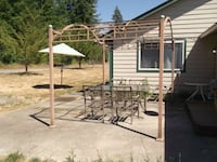 5ft ×3ft glass patio table with 4 chairs  Onalaska, 98570