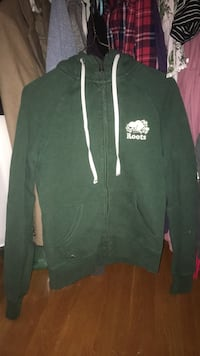 Roots hooded sweater (XS) Kitchener