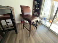 Dinnig room table with 4 stool chairs - high countertop Manassas, 20111