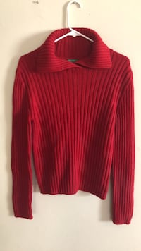 Benetton red sweater made in Italy  Woodbridge, 22192