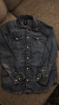 Boys denim shirt Windsor, N8W 3K8