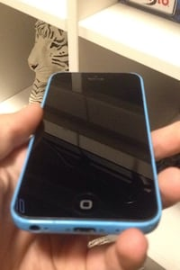 iPhone 5c FOR PARTS ONLY Cambridge, N1R 7W8