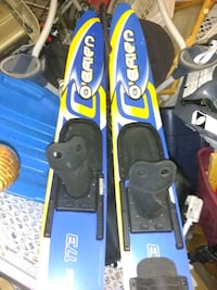 O'Brien water skis