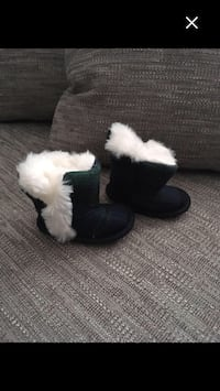 baby fur-lined ankle boots Sarnia, N7T 7E3