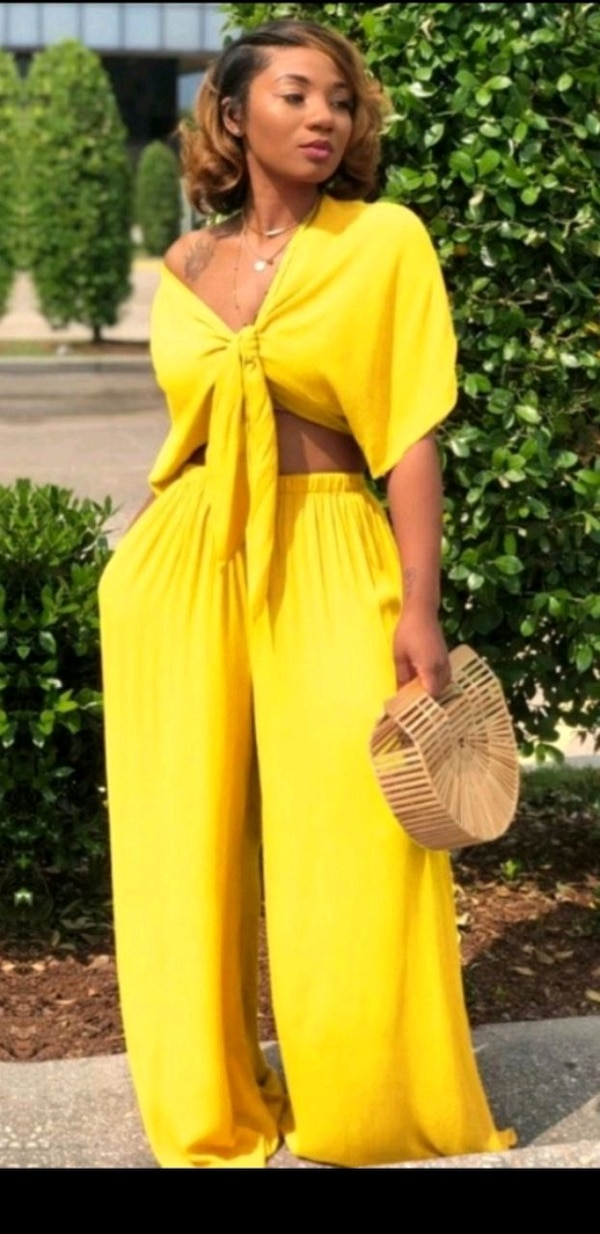 Canary Yellow 2 piece outfit size 2X