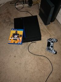 Sony PS3 Slim with controller and game cases Washington, 20032