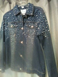 black and white button-up long-sleeved shirt Albuquerque, 87112