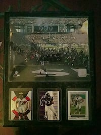 Three sports trading cards and picture Pasadena, 21122