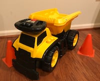 3-in-1 Dump Truck Ride-on Boyds, 20841