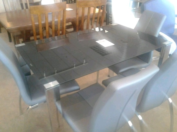 Wondrous Black Metal Glass Dining Room Table With 4 Chairs Home Interior And Landscaping Ologienasavecom