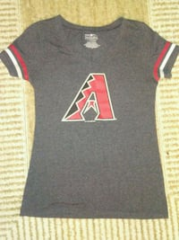 Diamondbacks shirt size xs but can fit a small  Tucson, 85712