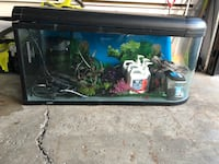 Fish tank with all accessories and equipment +chauffe eau Saint-Constant, J5A 1T7