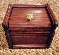 Nice Wooden Box Bloomington, 61701