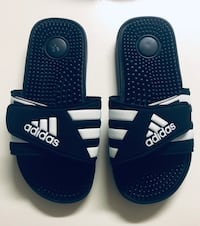 Adidas Sz 4 Unisex Children's Slides Sandals  Las Vegas, 89106