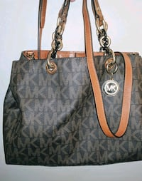 monogrammed brown Michael Kors leather tote bag Vancouver, V6A 3P7