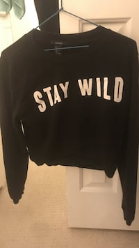 Crop sweater small size  Greater Vancouver, V6S