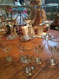 eight clear long stem wine glasses Utica, 13502