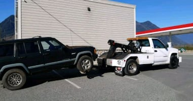 TOWING CALL US FOR FREE QUOTES