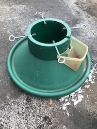 $10 for watering Christmas tree stand  Toronto, M9W 1Z9