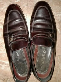 Mens dress shoes size  10 1/2 Akron, 44306