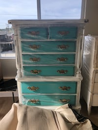 White and teal wooden 5-drawer chest Los Angeles, 90031