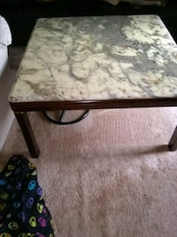 Marble top coffee table 40x40 Alexandria, 22315