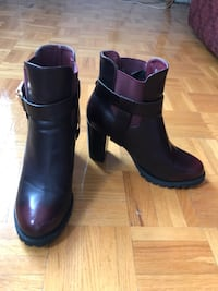Burgundy booties Women size 10