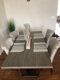 Farmhouse dining table  Ashburn