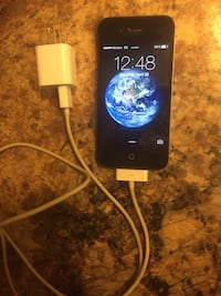 iPhone 4 w/t charger Spokane, 99203