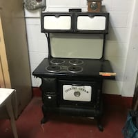Country Charm electric coil range oven
