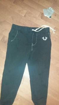 True Religion sweatpants Men's large Ottawa, K2M 1X6