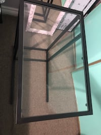 Glass side table Pickering, L1V 6M6