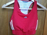 Adidas top in size S Randaberg, 4070