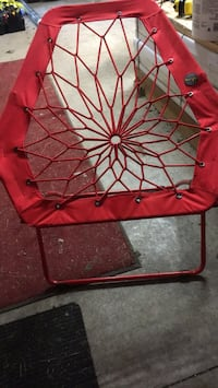 red and black bungee chair Peru, 46970