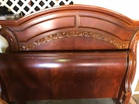 Queen size wooden bed frame Los Angeles, 91606