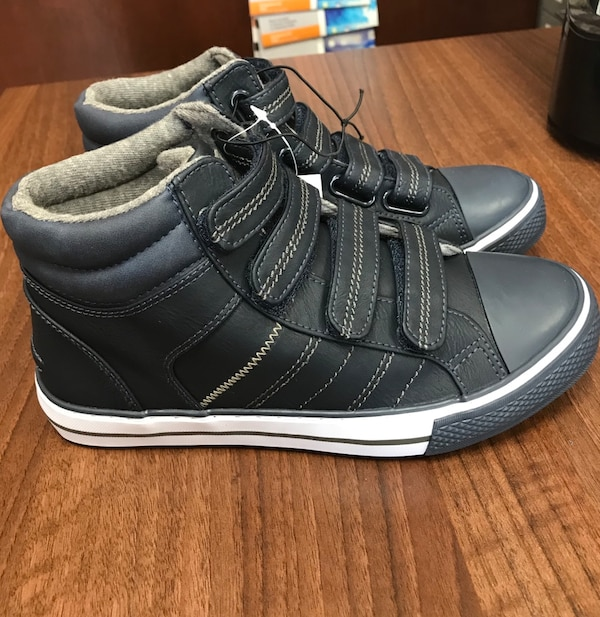 8ed5f59cc29c Used Boys Velcro boots size 3 New With Tags RRP £14 for sale in ...