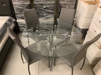 "Brand new 39"" round tempered glass 5pc dining set warehouse sale  多伦多, M1V 1E9"