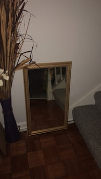 Gold painted frame mirror   Decatur, 35603