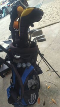 Golf clubs, bag and other accessories Magnolia, 77354