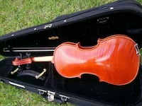 brown violin in case Channelview, 77530