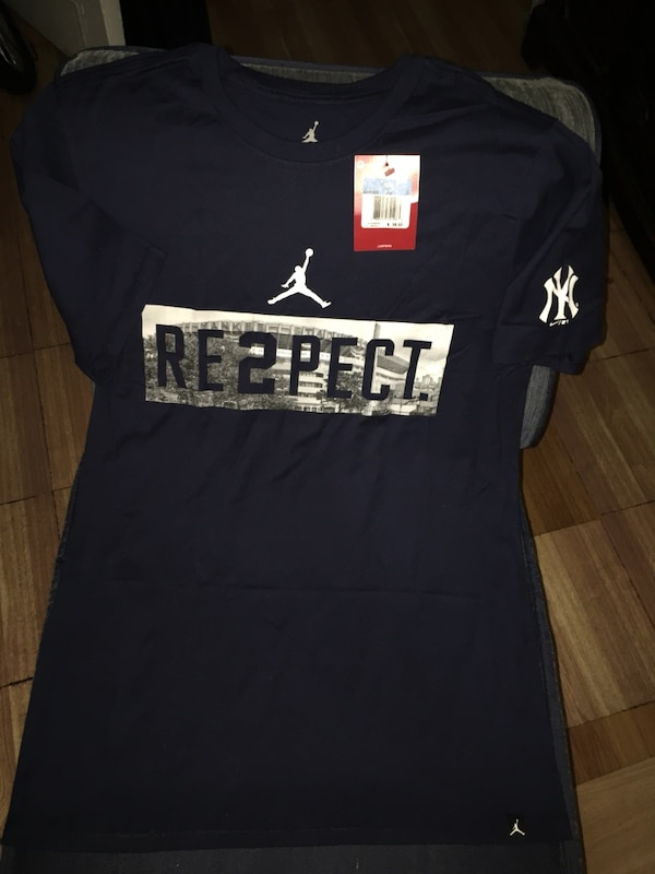 f2789847e940e0 Used BRAND NEW WITH TAG NIKE AIR JORDAN DEREK JETER RE2PECT YANKEE STADIUM  NAVY T-SHIRT SIZE MEDIUM for sale in New York