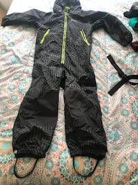 Black and green zip-up hooded overall kids size 4  La Plata, 20646