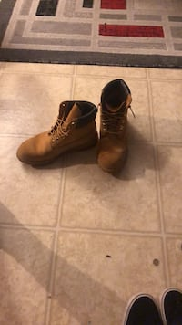 timbs men 9.5 Portage, 49024