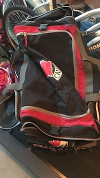 Huge hockey bag with wheels Chestermere, T1X 0P9