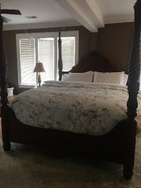 Thomasville Poster Bed-California King Vienna