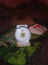 Antique meat scale make an offer Hagerstown, 21740